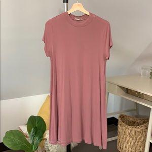 Dusty rose T-shirt dress
